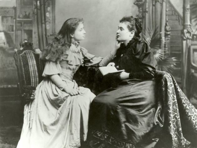 Hellen Keller e Anne Sullivan