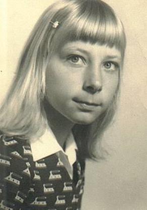 Karin Strobel 7 Anos